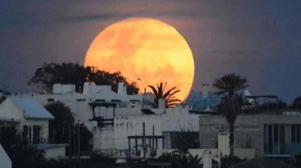 Atardecer con Luna llena en Cuba [ Calendario Lunar de Cuba ]