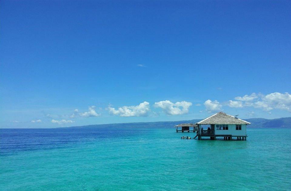 Manjuyod en Filipinas Marea Alta.