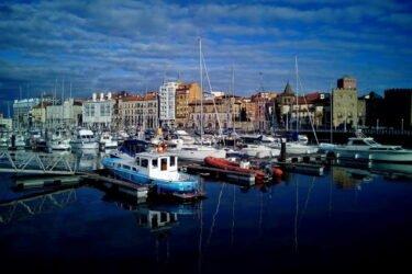 Motivo de Pesca.Tablas Solunares de Gijón