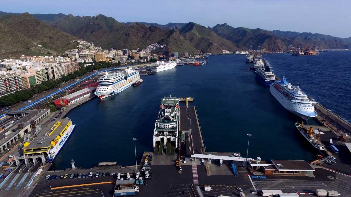 Mareas del Puerto de Santa Cruz de Tenerife: vista general del Puerto