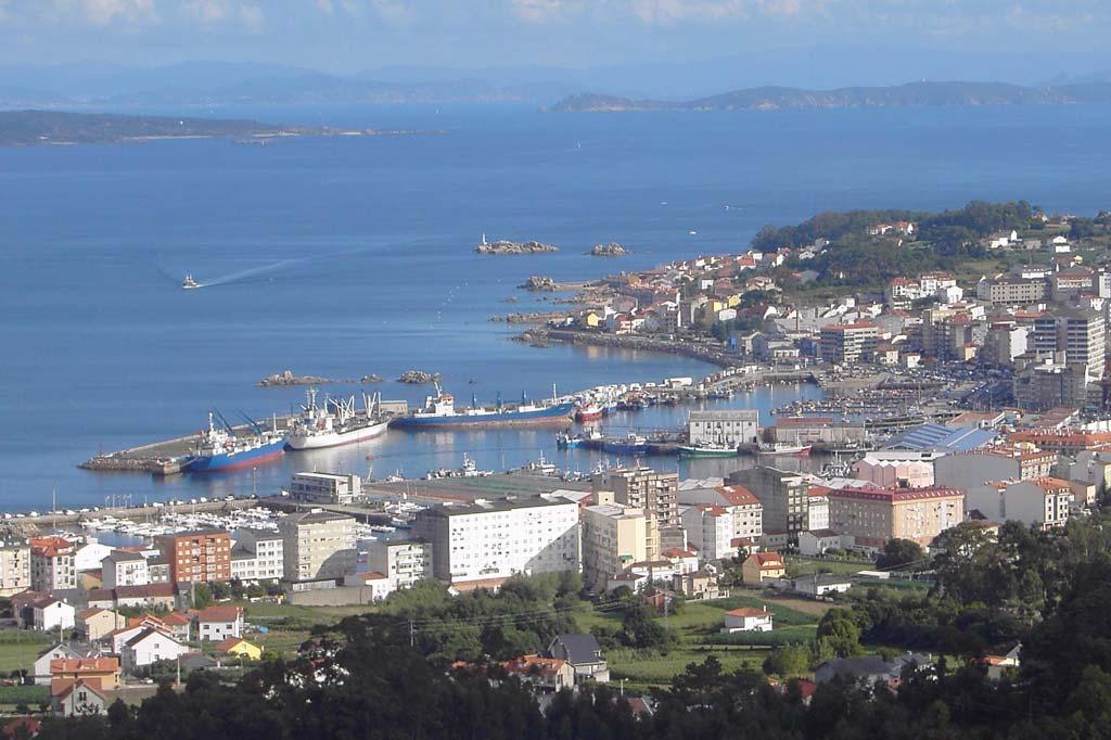 Mareas Puerto de Santa Uxia de Ribeira, Vista general del Puerto