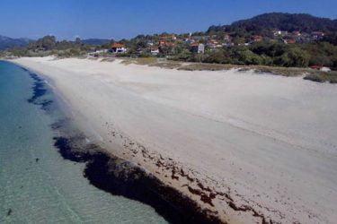 Vista general de Praia de Areabrava