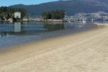 Vista general de Praia de Cesantes