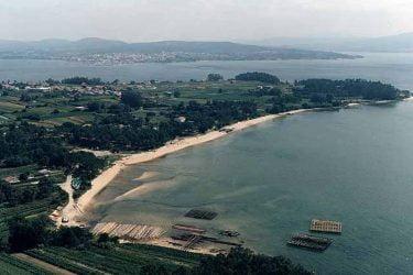 Vista general de Praia de Mañons